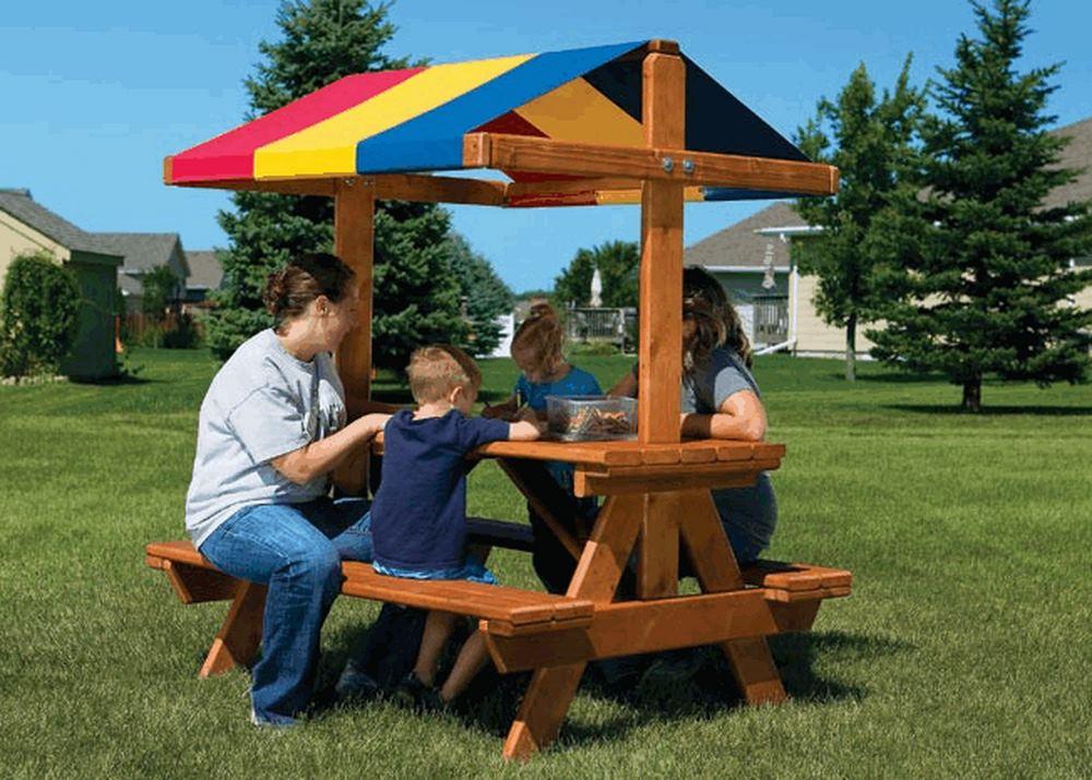 Уютный столик со скамейками и тентом (Cozy Picnic Table RYB)
