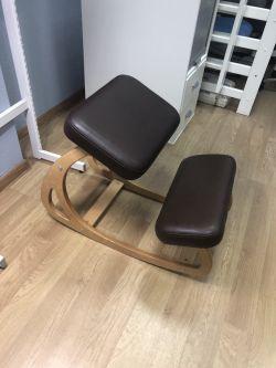 Балансирующий коленный стул Конёк Горбунёк (витринный образец)