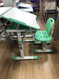 Детская парта растишка и стул FunDesk Piccolino III (витринный образец)