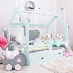 Кроватка-домик Юта из массива бука