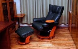 Кожаное кресло-реклайнер Relax Mauris